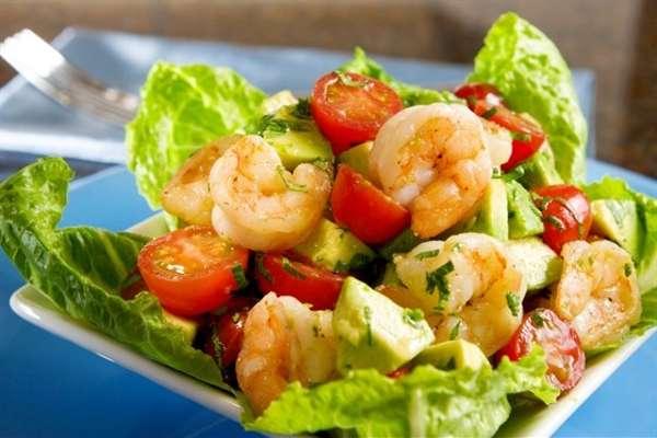 Салат с авокадо и морепродуктами для увеличения эрекции