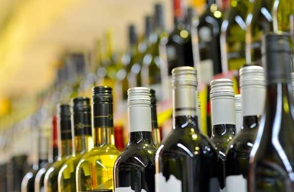 Совместимость с алкоголем: препарат Секрет Императора можно принимать со спиртосодержащими напитками