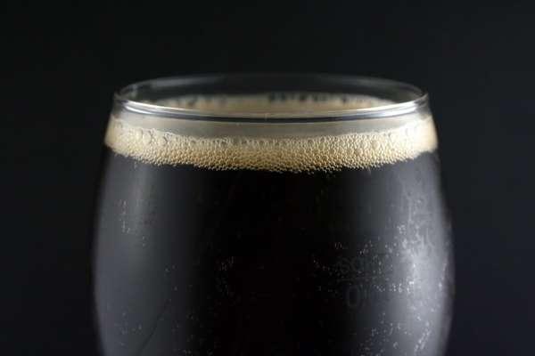 Темное пиво плохо влияет на потенцию