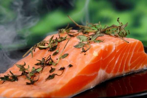 Для потенции едят рыбу